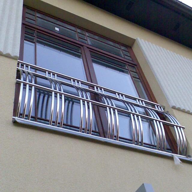 Балконное ограждение из нержавейки