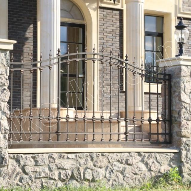 Красивый прозрачный забор