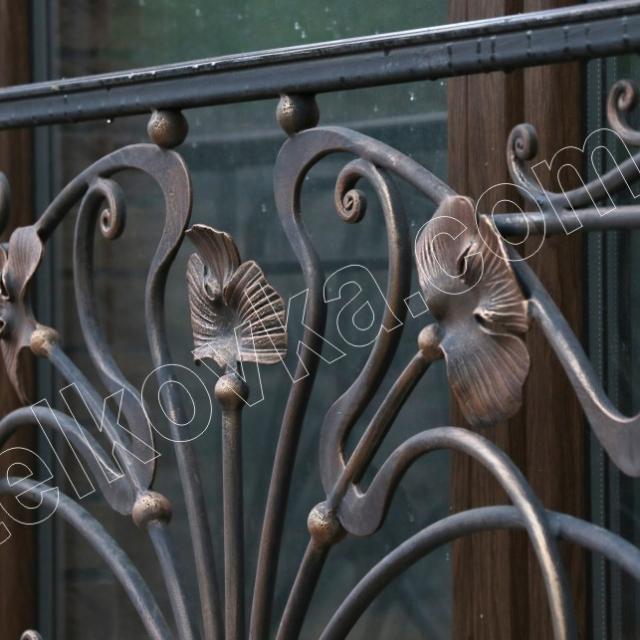 Балкон на окно