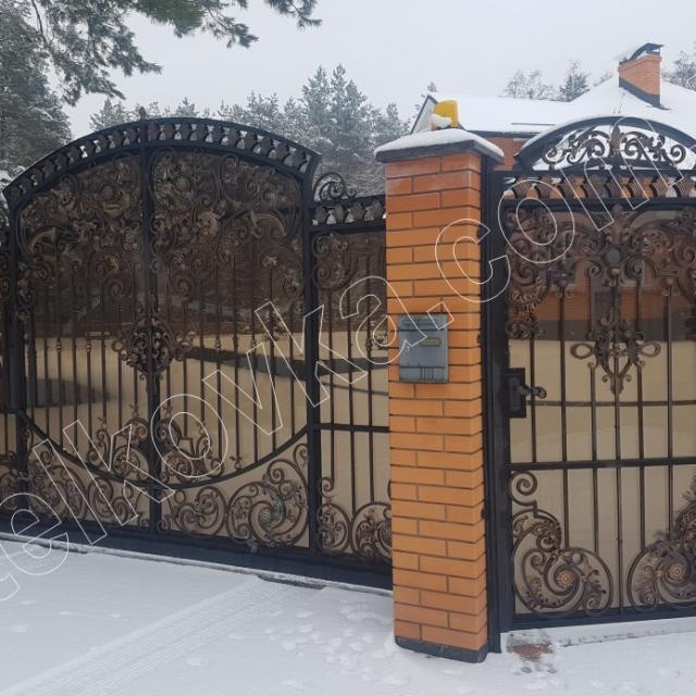 Ворота кованые и калитка