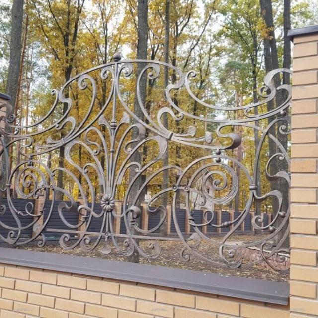 Забор кованый модерн