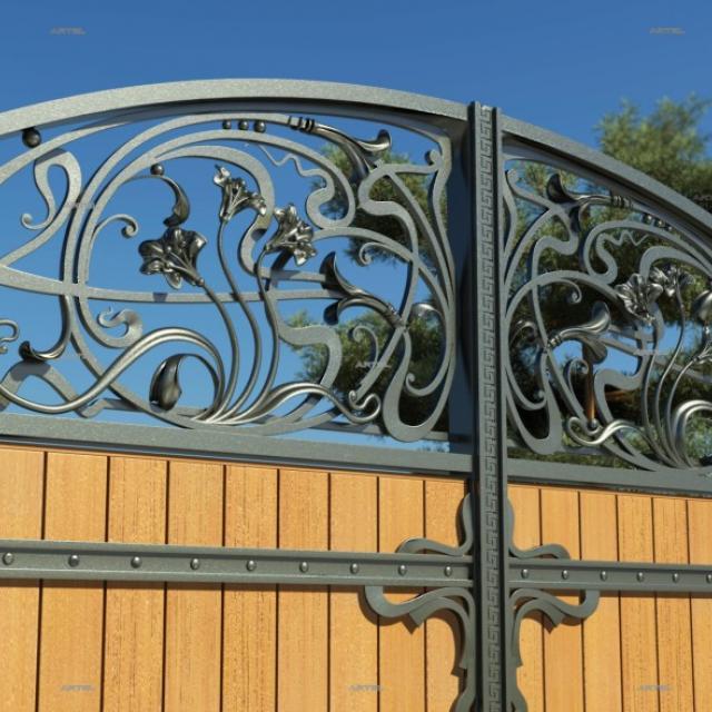Ворота кованые с хорошим деревом