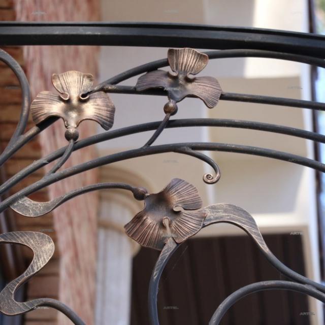 Балкон круглый, фрагмент