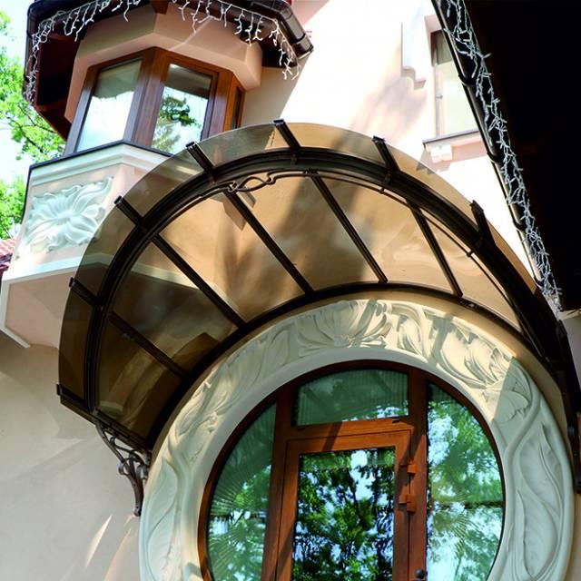 Фото 639 Козырек над дверью