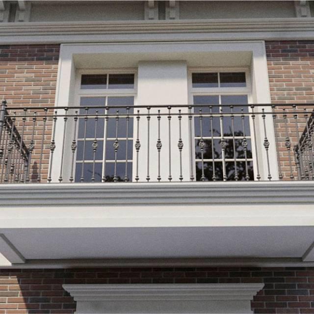 Кованые перила на балкон современного дома