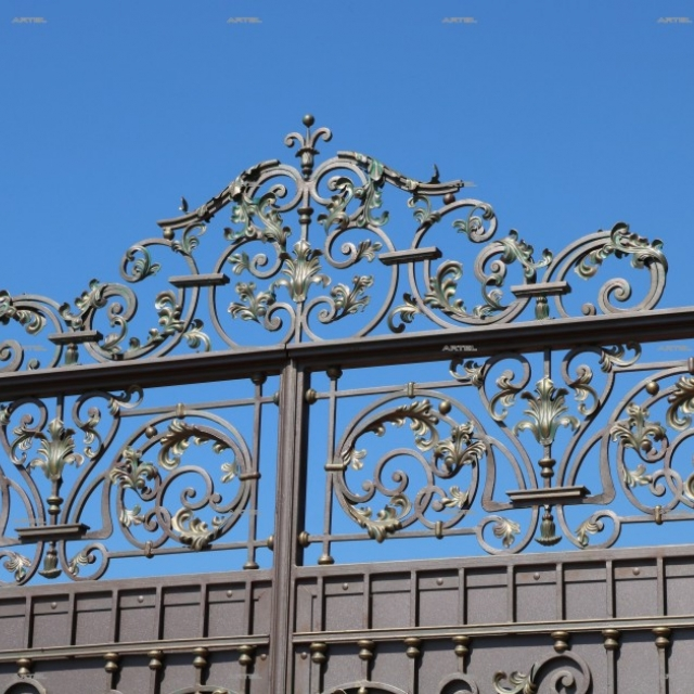 Ворота кованые с листом